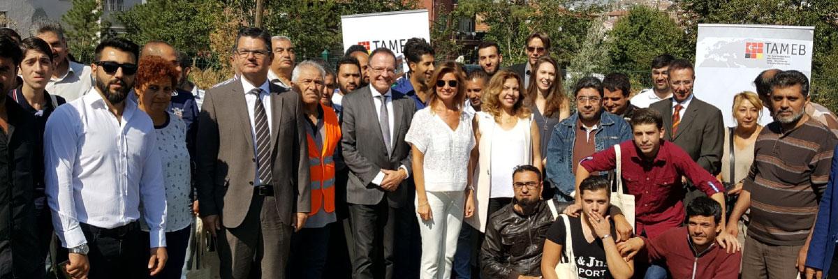Foto Zeremonielle Zertifikatsübergabe im September 2017 an die ersten 75 TA-MEB-Absolventen in bauindustriellen Kursen in Ankara